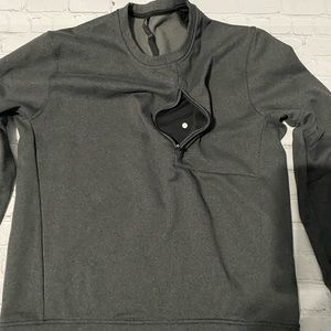 Men's Lululemon sweater